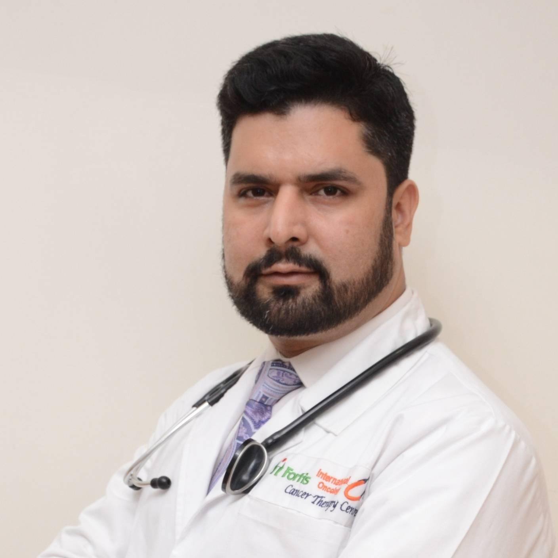 Dr. Mudhasir Ahmad (…