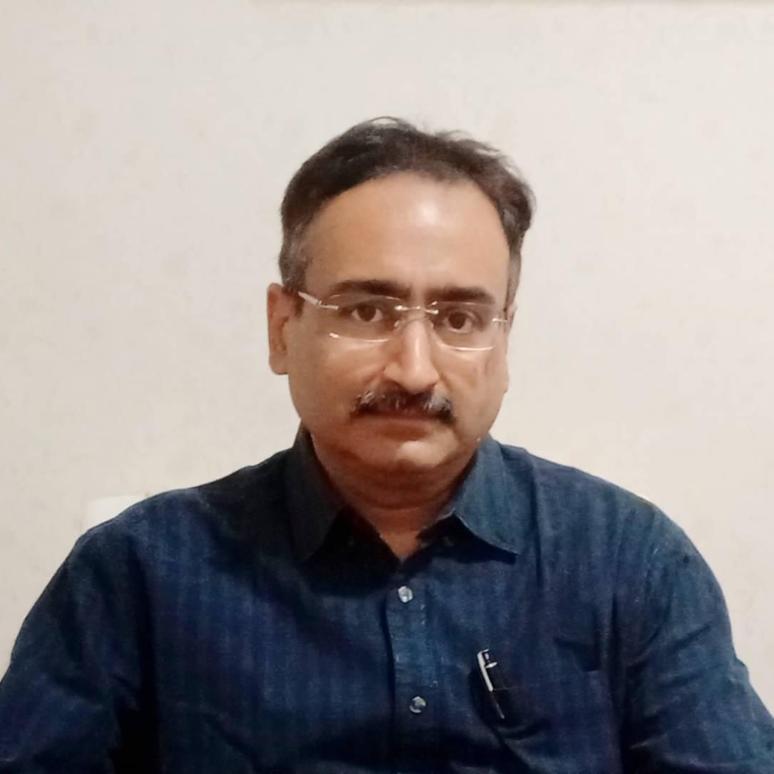 Kapil Kochhar博士