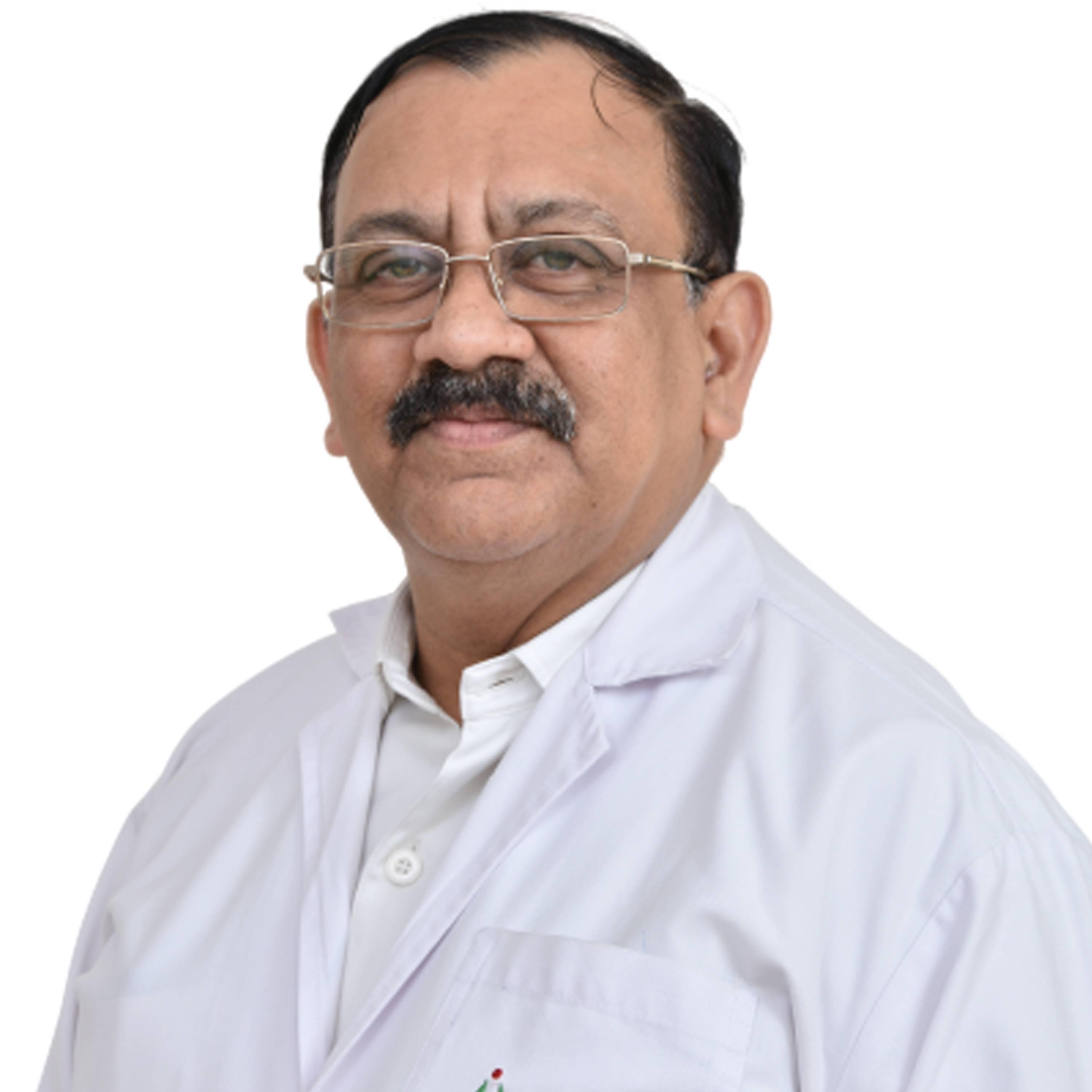 Dr. VIVEK SONI