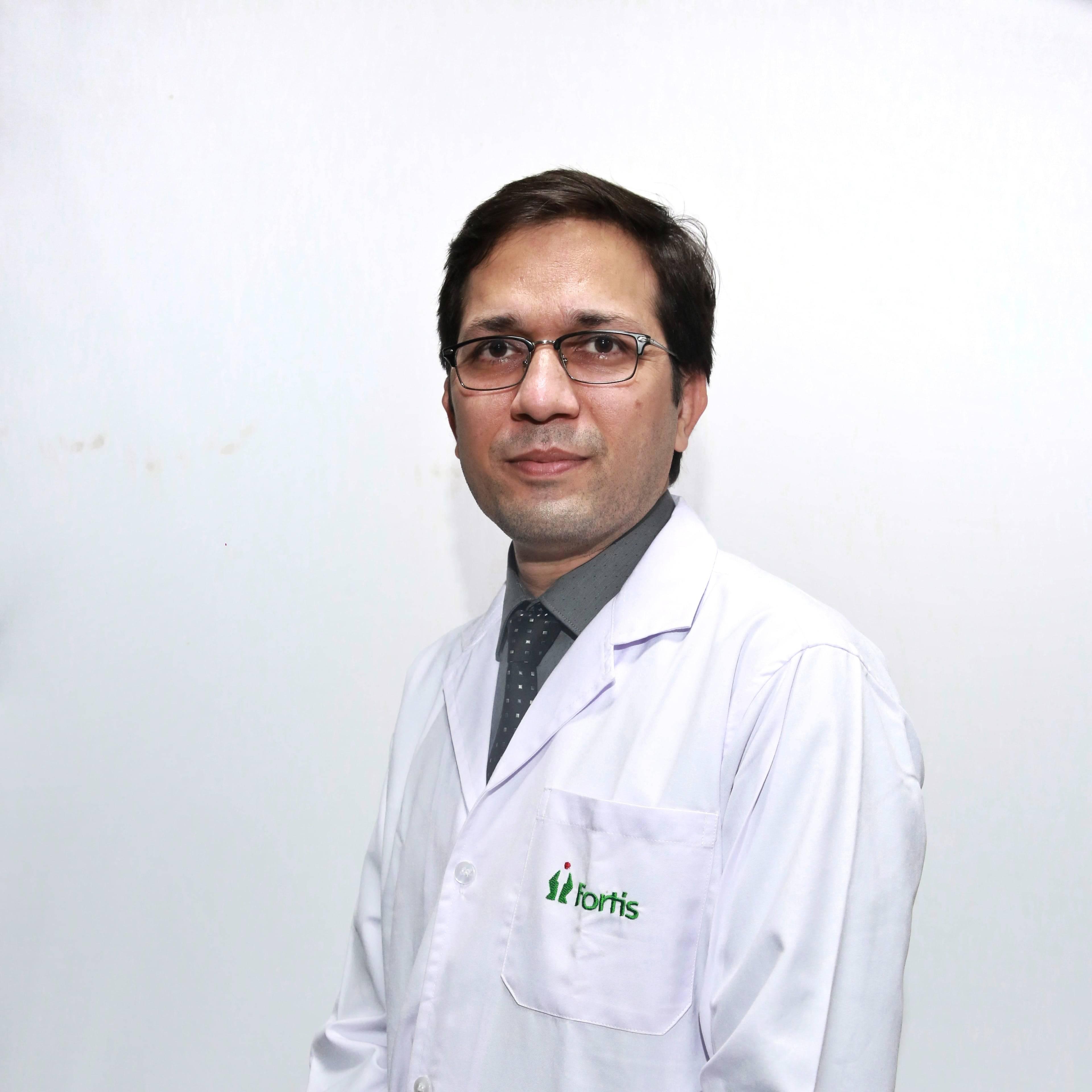 Dr. Arvind Thakur